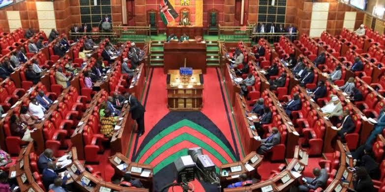 عرض رسالة ماجستير بعنوان: التطور السياسي لحزب اتحاد كينيا الوطني الأفريقي (كانو)
