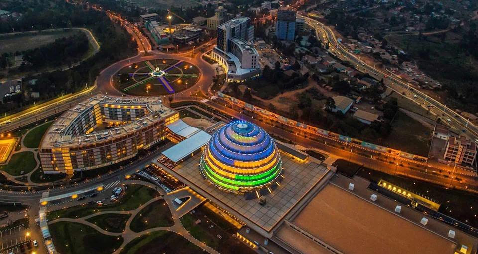 بيئة استثمارية مرنة متجددة.. رواندا نموذجًا