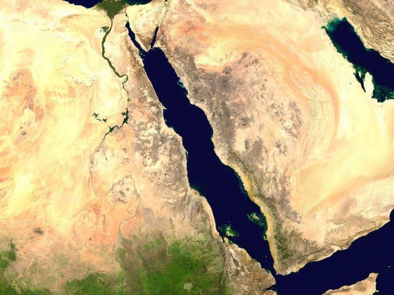 الإمارات وأمن البحر الأحمر.. التحديات وآليات التفعيل