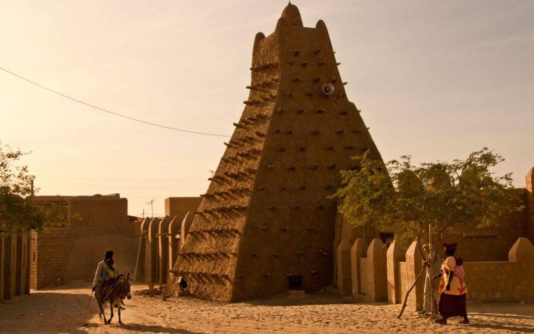على خطى داعش.. الجماعات المسلحة تنهب آثار الساحل الأفريقي