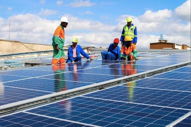 إضفاء الطابع الشمسي.. مبادرة مبتكرة لخلق اقتصاد متجدد في زيمبابوي