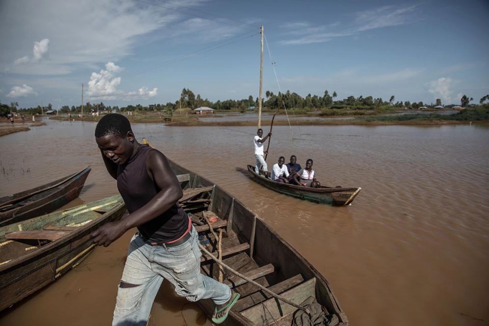 «المياه ستعود».. نضال كينيا ضد الفيضانات لم ينته بعد