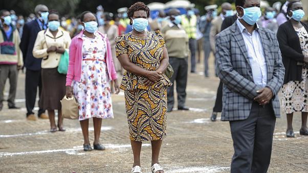 تجاهل كورونا.. حيلة أفريقية لتمرير الانتخابات