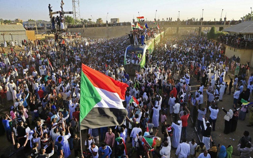 الدكتورة أماني الطويل تكتب | في نهاية العام الثاني للثورة السودانية: تداعيات السيولة السودانية على الأمن الإقليمي
