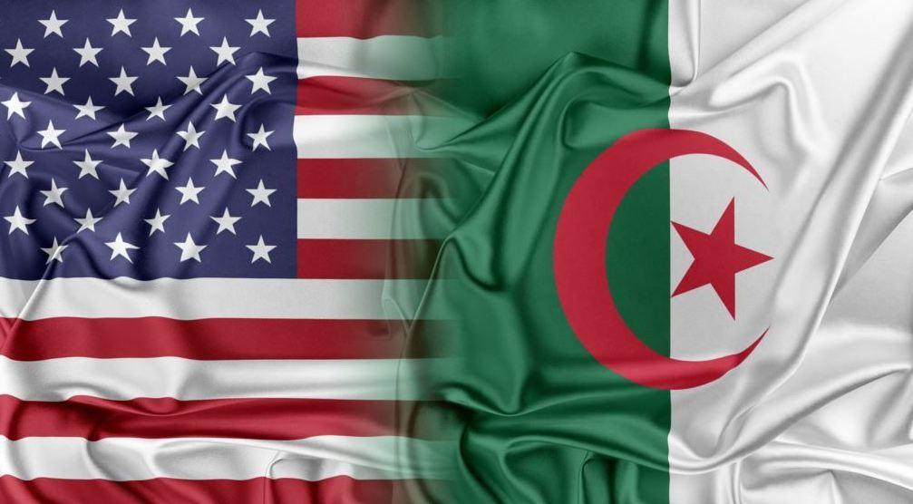 عرض رسالة ماجيستير   العلاقات الأمريكية – الجزائرية منذ انتهاء الحرب الباردة