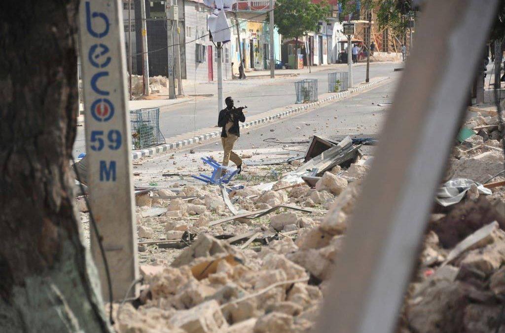 احتجاجات دامية في الصومال على خلفية تأجيل الانتخابات.. وتخوفات من التصعيد