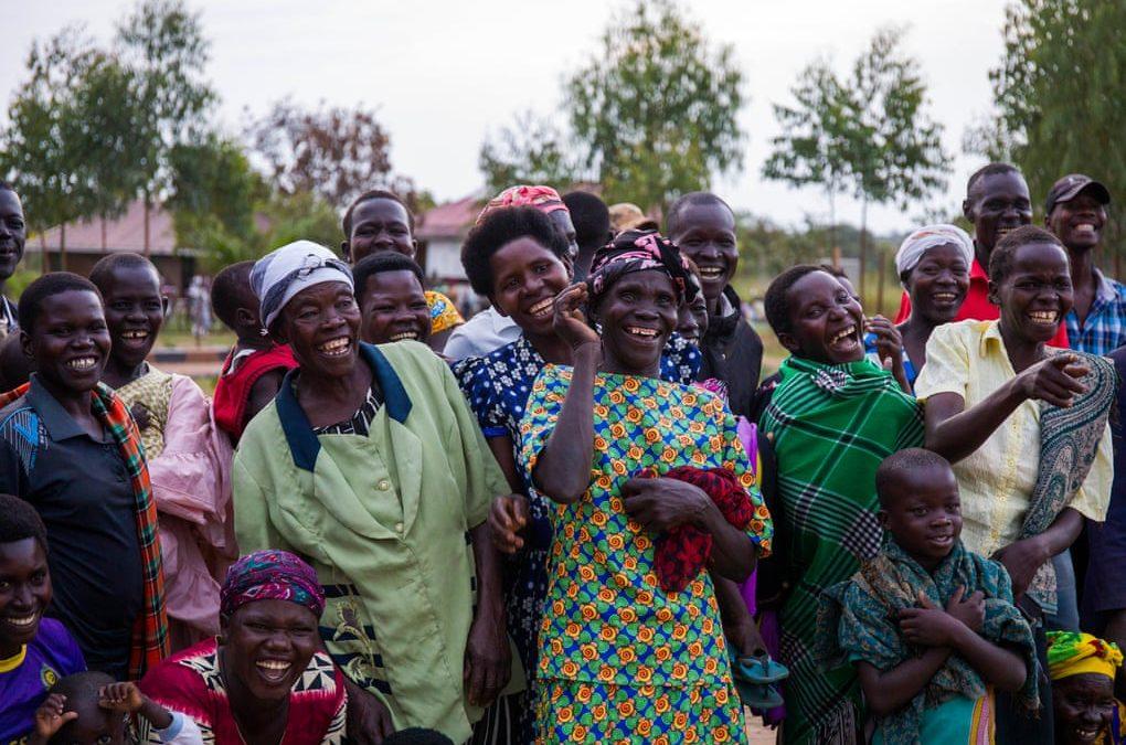 أوكيري الأوغندية.. من قرية مدمّرة إلى بلدة خضراء