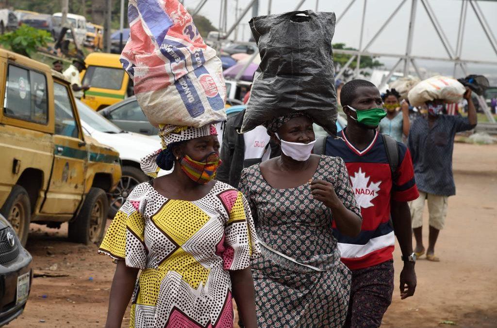 الفقر والبطالة.. شباب نيجيريا بين فكي الرحى