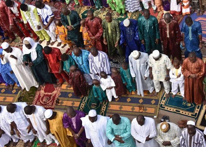 عيد الأضحى في أفريقيا.. تكافل وروحانيات ودعوة لنشر ثقافة السلام