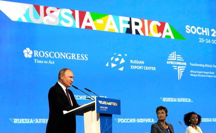 تحولات الاستراتيجية الروسية في أفريقيا: من الرابح؟