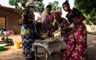 في الكونغو ..  «صناعة الصابون» تعكس قدرة النساء على الصمود ودعم أسرهن